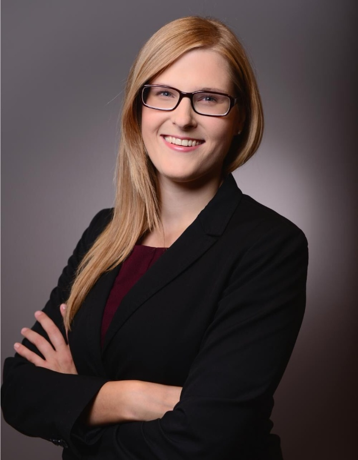 Porträtaufnahme von Dr. Iris Koester (c)